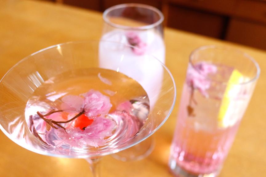 〈期間限定メニュー〉桜カクテル